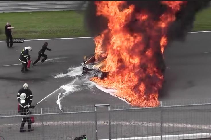 Как гонщик-любитель чуть не сгорел заживо после аварии за рулём «Ламборгини» — видео