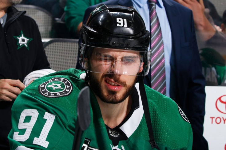 «Его нога была как куриная ножка». Звезда НХЛ Сегин вернулся в хоккей после двух операций