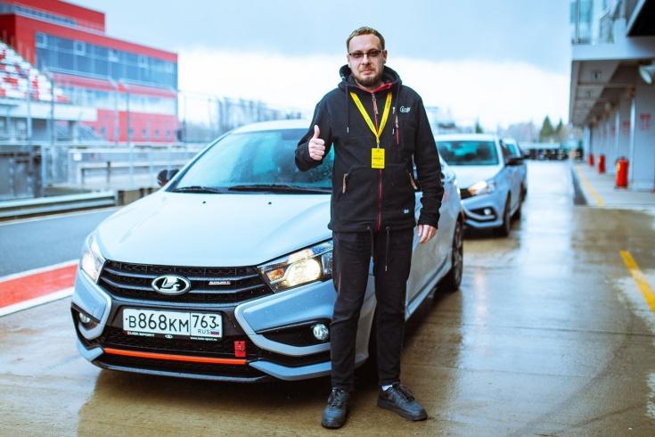 Как управлять Lada Vesta Sport на Moscow Raceway