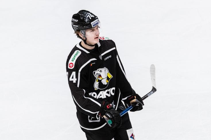 Виталий Кравцов отправлен в ВХЛ