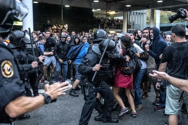 В Барселоне массовые беспорядки