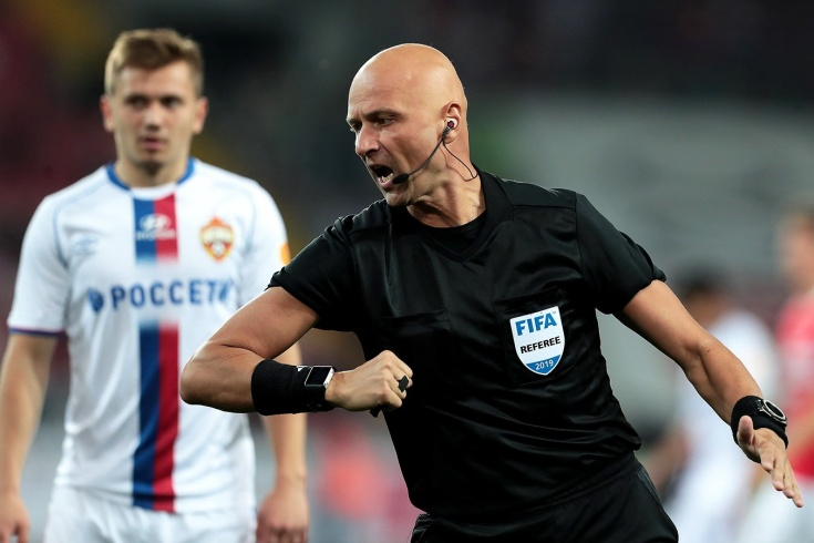 «Сделаю всё, чтобы он больше не работал». Карасёва называют судьёй ЦСКА, но так ли это?