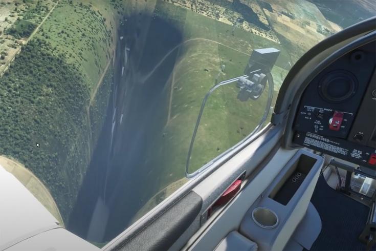 Аномальная пропасть в Microsoft Flight Simulator