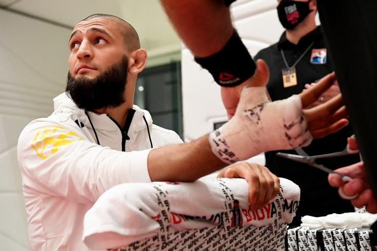Боец UFC Хамзат Чимаев снялся с боя из-за осложнений после коронавируса