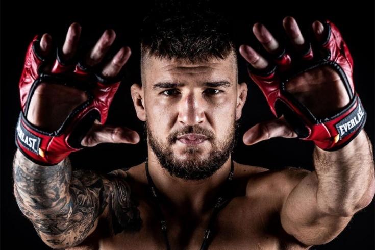 Ярослав Амосов – боец года в Bellator по версии «Чемпионата». Видео