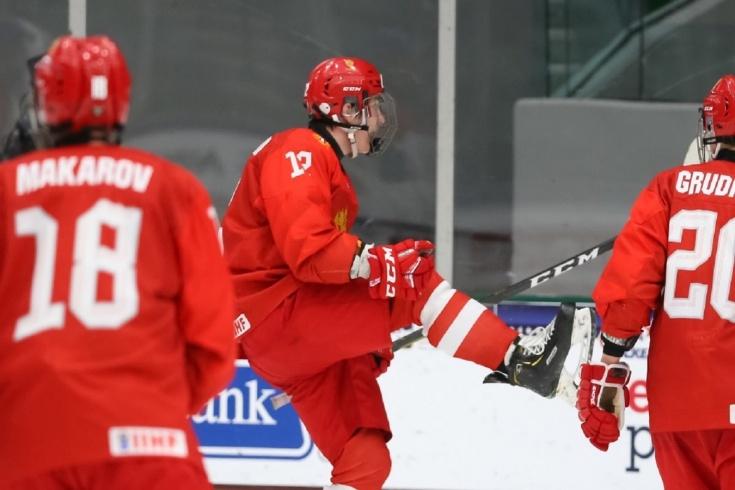 Россия — Чехия – 11:1 – видео, голы, обзор матча юниорского чемпионата мира по хоккею 2021