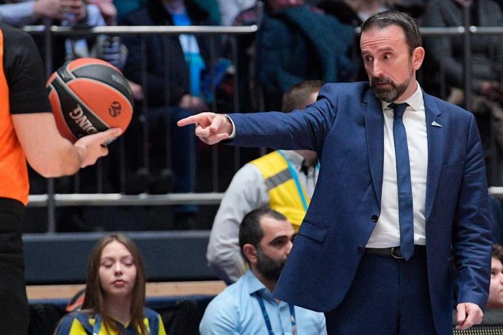 БК «Зенит» уволил главного тренера Жоана Плазу