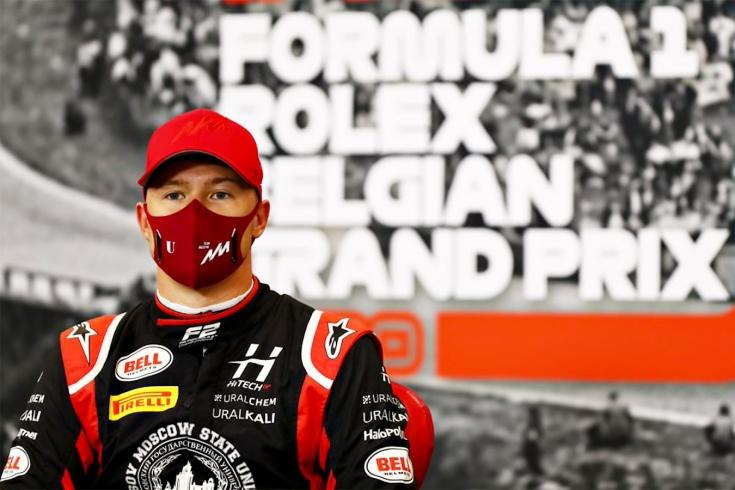 Мазепина лишили победы в Ф-2 уже после финиша — в пользу японца, угрожающего Квяту