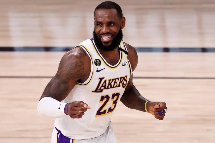 «Лейкерс» выбили «Хьюстон» в плей-офф НБА, у Леброна Джеймса новые исторические рекорды