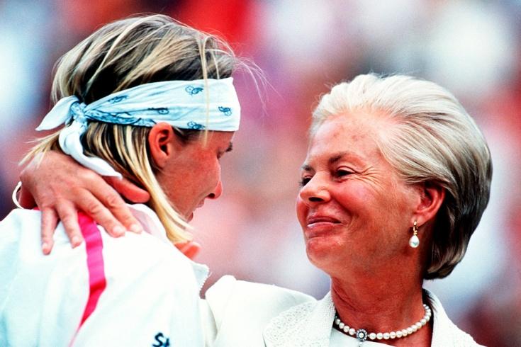 Как Яна Новотна рыдала на плече герцогини Кентской во время финала Уимблдона: фото, видео