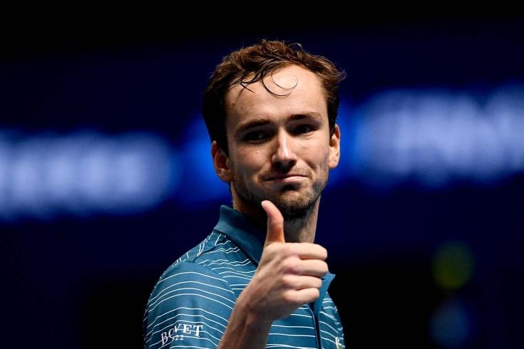 Даниил Медведев попал в пятёрку богатейших теннисистов мира. Сколько он заработал за год