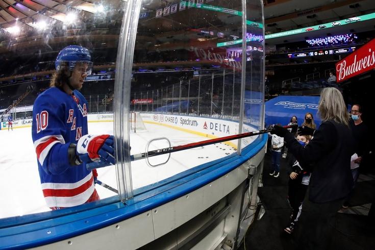 Панарин больше не сыграет в этом сезоне. Ударился головой об лёд, а НХЛ простила Уилсона