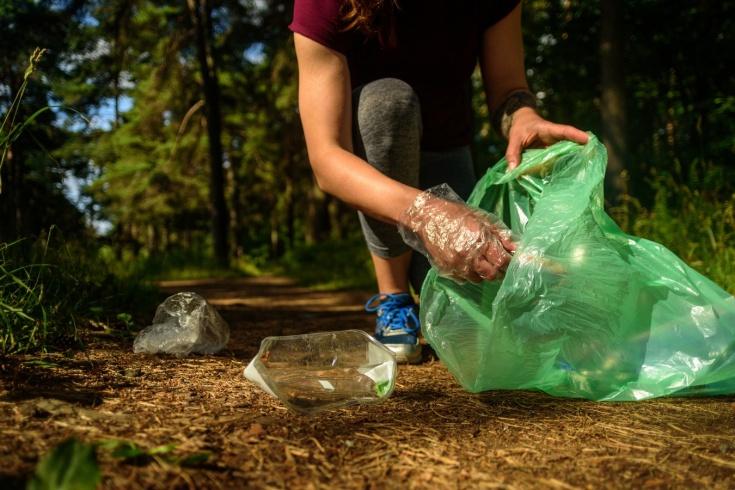 Что такое плоггинг? Как заниматься фитнесом экологично?