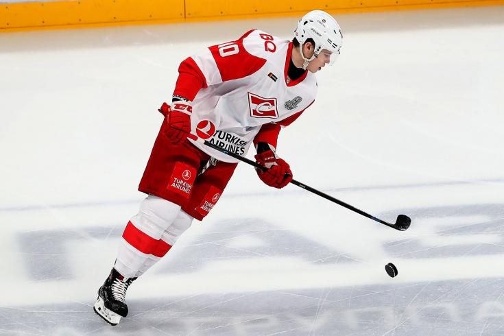 Почему Олег Знарок стал наигрывать 19-летнего защитника «Спартака» Александра Никишина