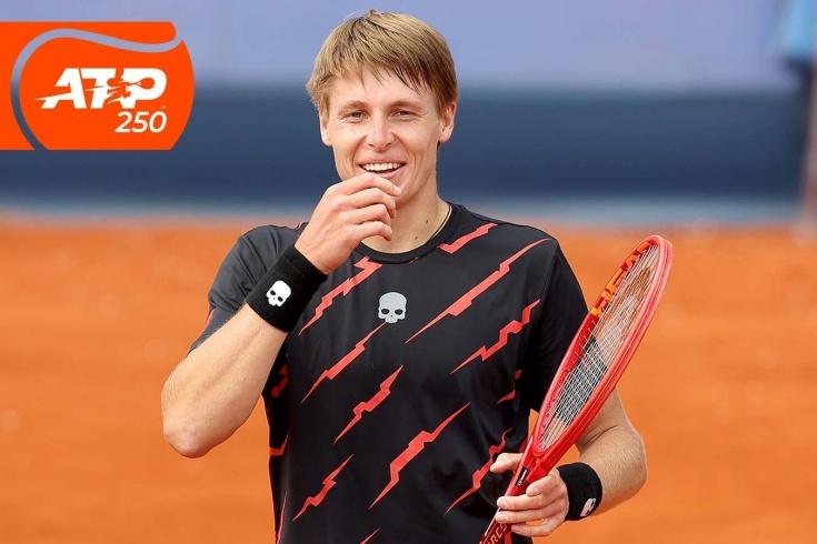 Турнир ATP-250 в Мюнхене: белорус Илья Ивашко сенсационно победил Александра Зверева, сломанные ракетки, видео