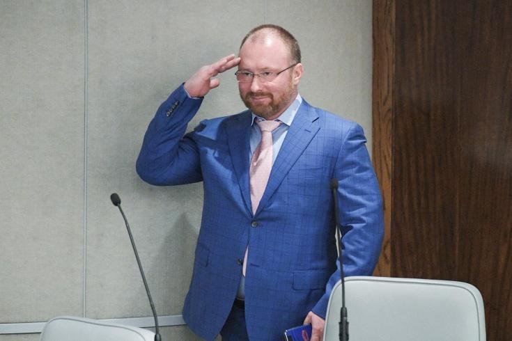 Депутат Лебедев заступился за футболиста Фролова,