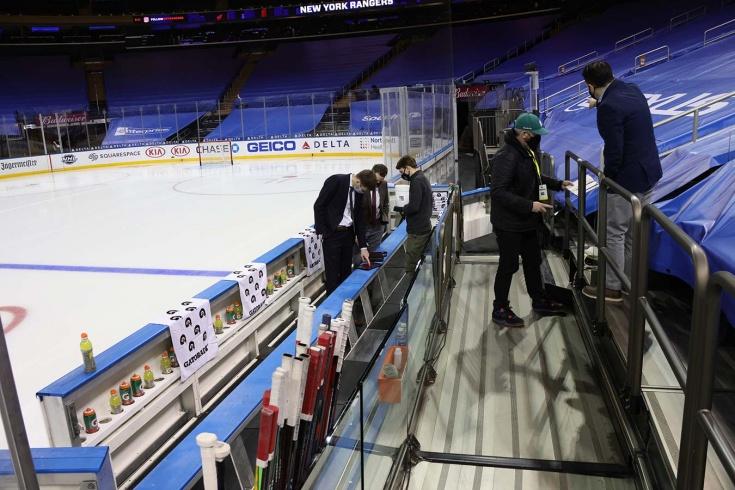 НХЛ призывают остановить сезон из-за большого количества заболевших