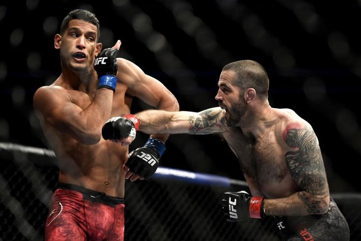 Мигель Баеза нокаутировал Мэтта Брауна; архивный нокаут Мигеля Баезы перед UFC Fight Night 189, видео