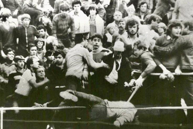 «Толпа попёрла, и я полетел с трибуны». Фанатские разборки в советском футболе