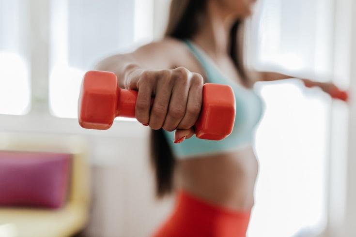 Какой инвентарь купить для домашних тренировок? Что обязательно купить из спортинвентаря?