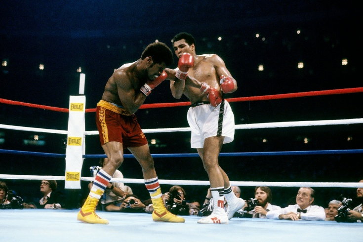 Последняя победа в карьере Мохаммеда Али, бой с Леоном Спинксом