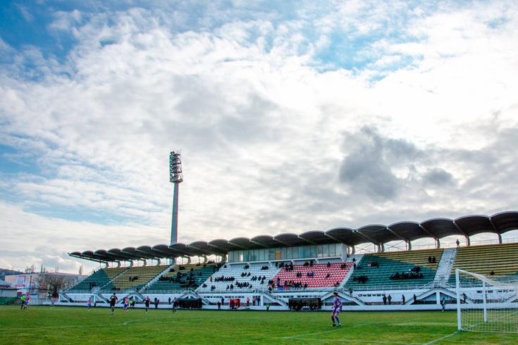 Стадион в Керчи