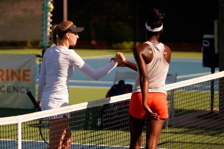Как теннисистки устроили потасовку на корте во время турнира ITF, видео