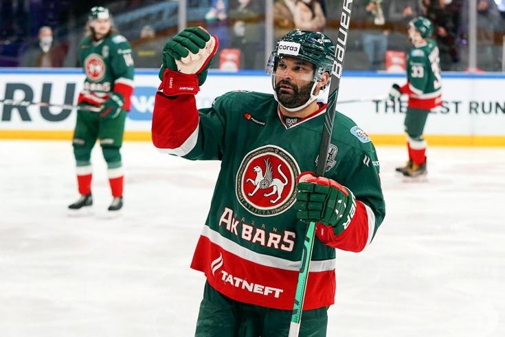 Рекордсмен КХЛ Найджел Доус покинул лигу и заключил контракт с немецким «Адлер Мангеймом»