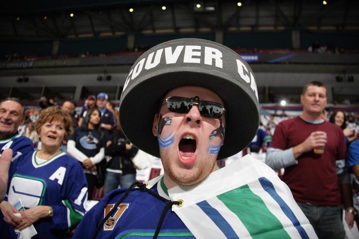 Как «Ванкувер» уволил певца гимна, который был против ковида