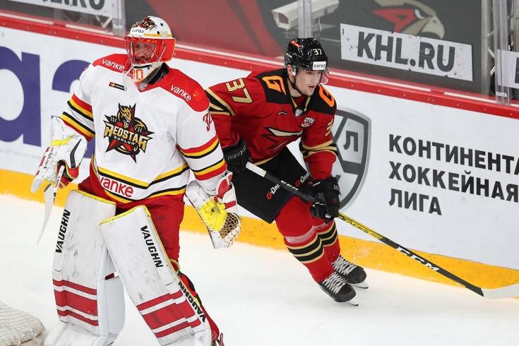 В Уфе недовольны Сошниковым, «Авангард» на пороге странного трансфера. Итоги недели КХЛ