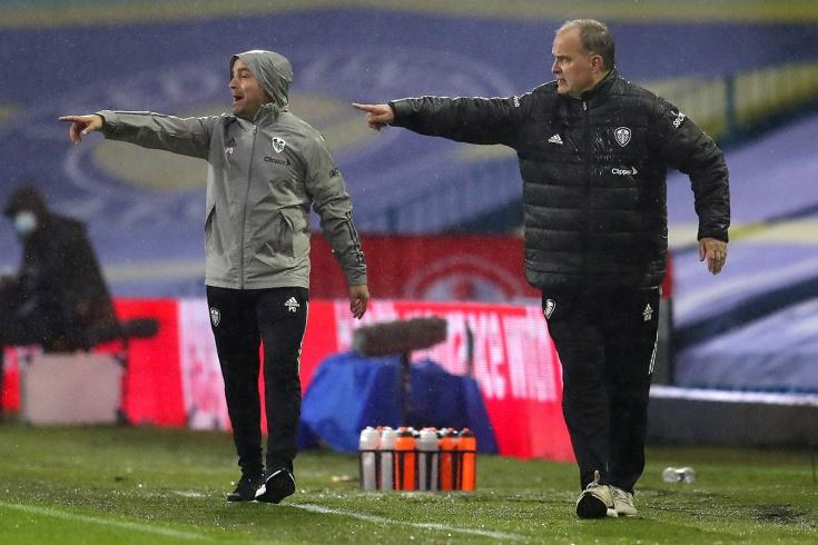Чудаковатый тренер «Лидса» снова удивил. Назвал стартовый состав за два дня до матча!