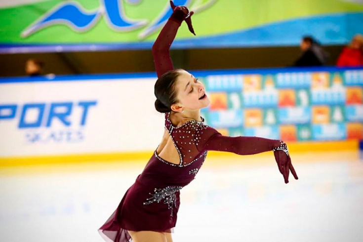 Софья Самоделкина разгромила фигуристок Тутберидзе и Плющенко на этапе Кубка России – кто она?