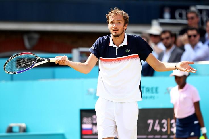 Тарпищев объяснил поражение Медведева в 1/8 финала