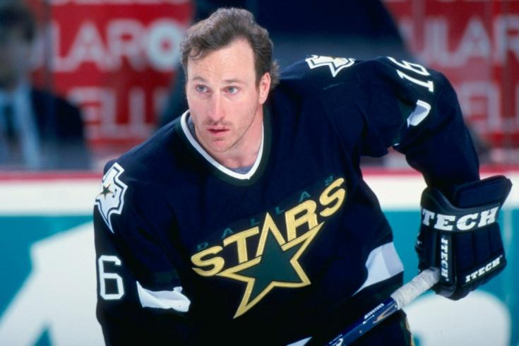 Пэт Вербик забил 522 гола в НХЛ