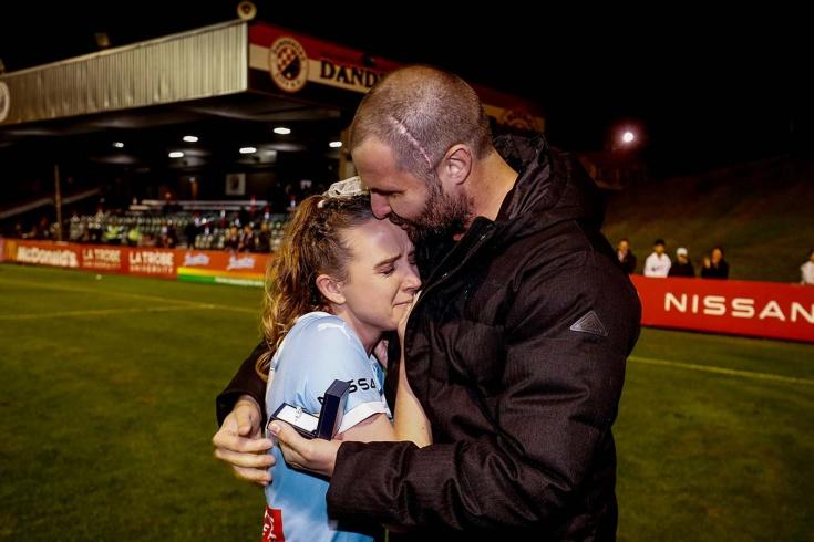Австралийская футболистка Рали Добсон завершила карьеру из-за своего парня — он борется со смертельной болезнью