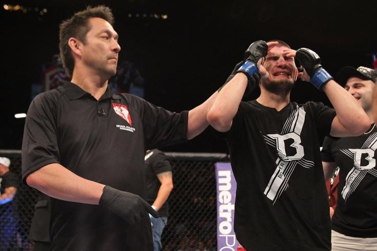 Девять лет самой спорной победе Хабиба в UFC — Нурмагомедов — Тибау