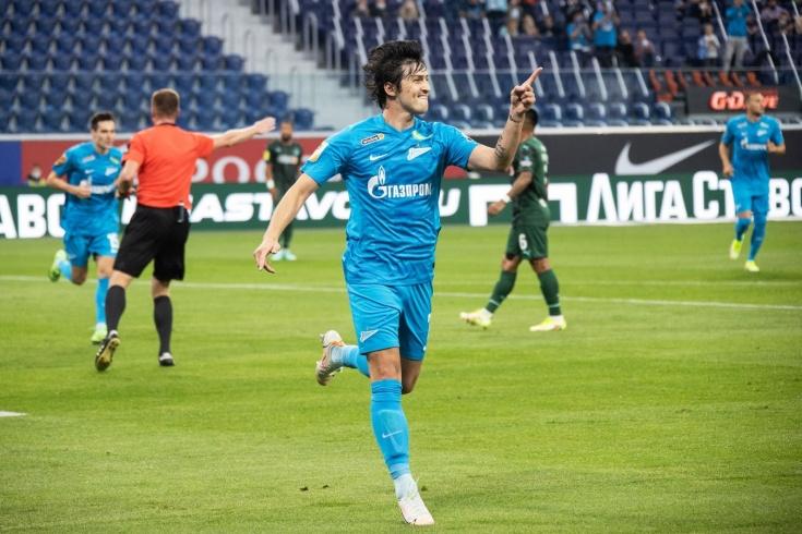 «Зенит» продолжает много забивать в новом сезоне. Но у Дзюбы пока ноль голов