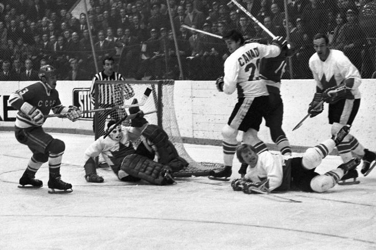 Канадцы не верили своим глазам. Разгром от СССР в первой игре Суперсерии