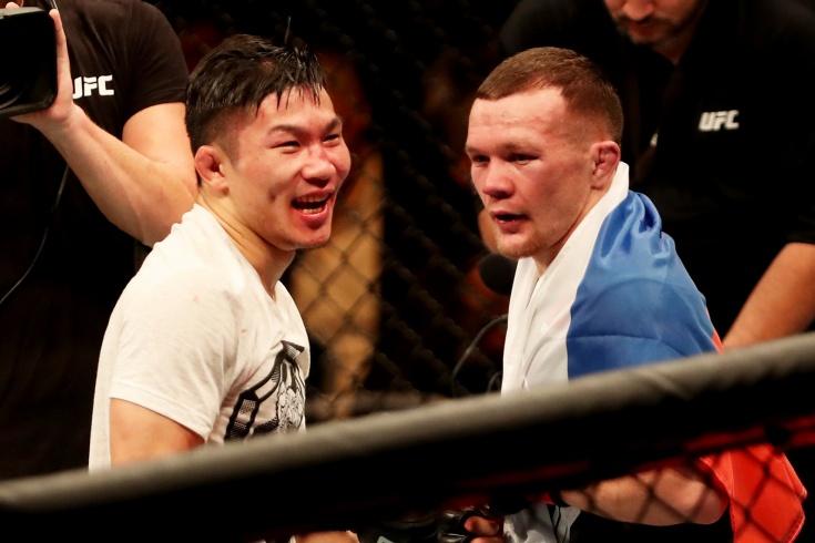 Жёсткий бой Петра Яна с корейцем Джин Су Соном, видео