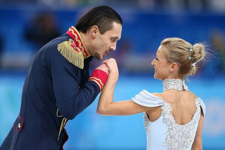 История любви олимпийских чемпионов Татьяны Волосожар и Максима Транькова: поцелуй на льду, побег с банкета, свадьба
