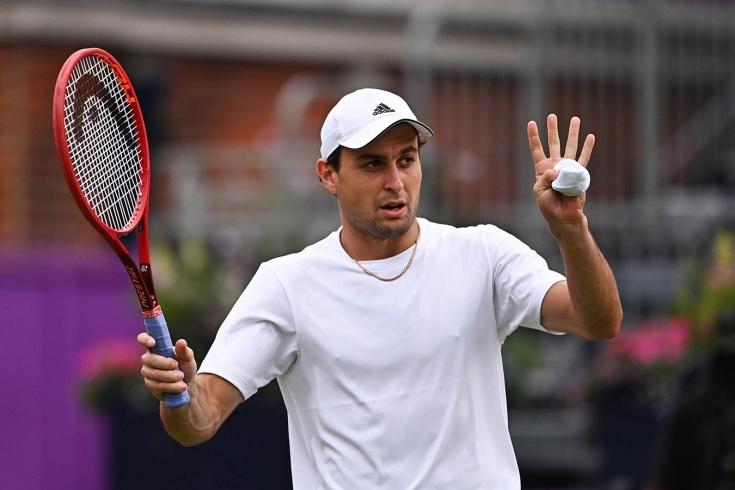 US Open — 2021: Аслан Карацев успешно дебютировал, а Карен Хачанов проиграл в первом же круге