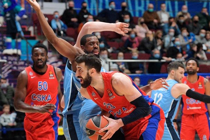 ЦСКА обыграл «Зенит» в Евролиге, Майк Джеймс пропустил первые матчи после отстранения