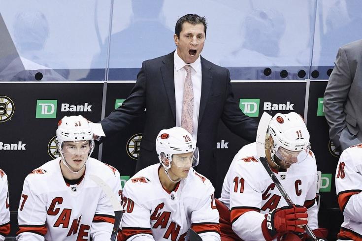 «Бред сивой кобылы». Тренер «Каролины» наехал на судей и НХЛ и теперь должен $ 25 тыс.