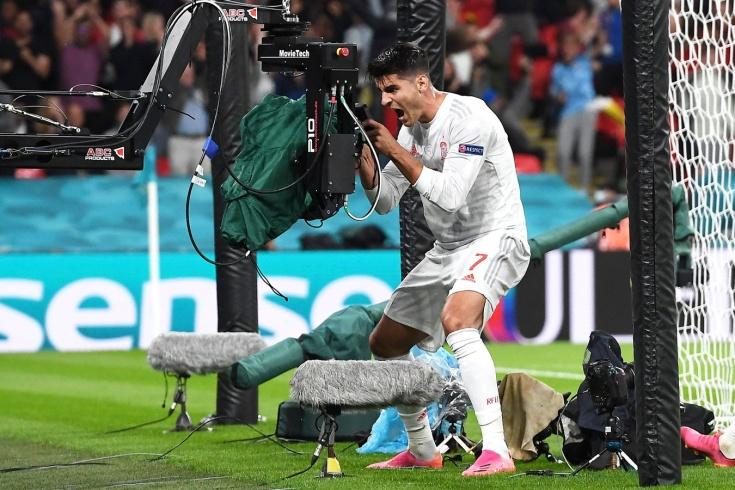 Как российскому футболу зарабатывать на ТВ-правах? Изучили пример Испании