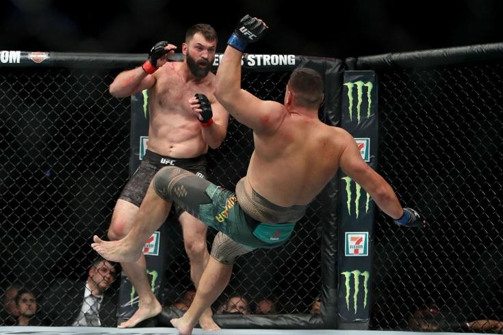 Трансляция боя Энтони Смит — Гловер Тейшейра на UFC FIGHT NIGHT 171