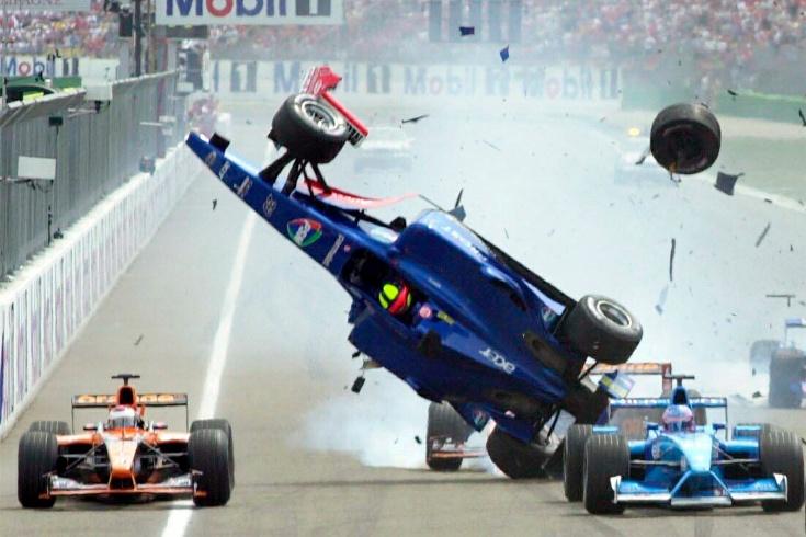 10 самых крупных аварий в Формуле-1 без травм