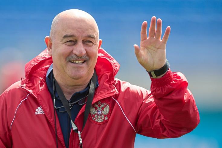 Черчесов передал привет болельщикам после вылета сборной России с Евро -  Чемпионат