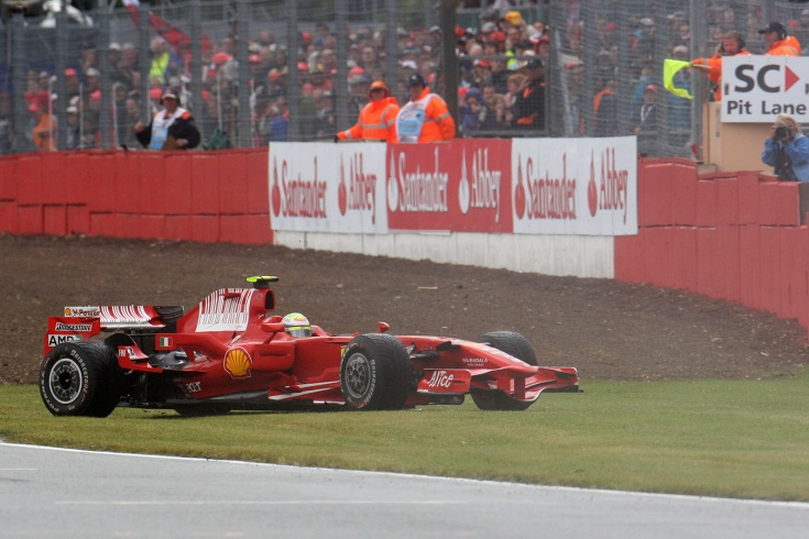 Катастрофа будущего вице-чемпиона Формулы-1: 5 разворотов за гонку, и это на «Феррари»