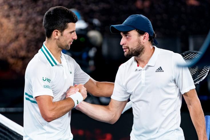 Аслан Карацев пробился в полуфинал турнира ATP-250 в Белграде, где сразится с 1-й ракеткой мира Новаком Джоковичем