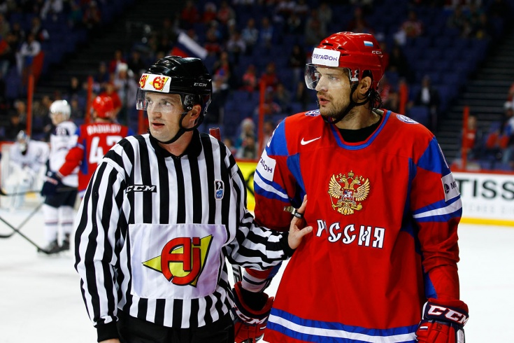 МЧМ-2002: канадцы плевались в россиян, Свитов ответил, наши обыграли «кленовых листьев» в финале
